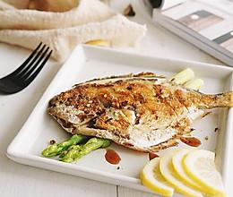 柠香煎鲳鱼·年年有鱼的做法