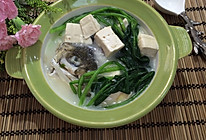 鱼头菠菜炖豆腐的做法