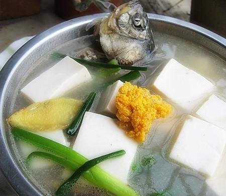 豆腐鲫鱼汤
