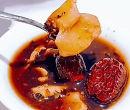 米博版血糯米花胶红枣羹的做法