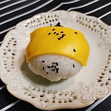芝士肉松饭团