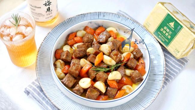 #奈特兰草饲营养美味#金蒜黄油牛肉粒的做法