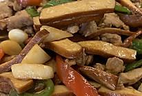 家常豆腐干炒肉的做法