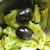 皮蛋擂椒#秋天怎么吃#的做法图解7