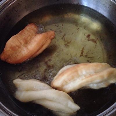 豆豆家的爱心油条的做法 步骤6