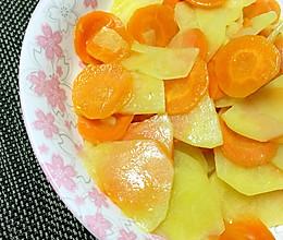 胡萝卜炒土豆的做法