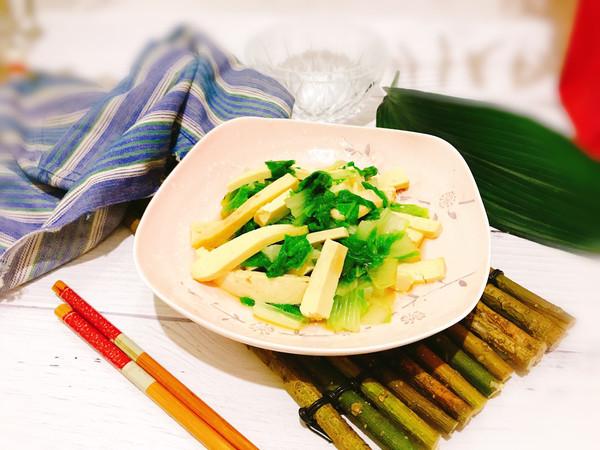 凉拌香干黄芽菜的做法