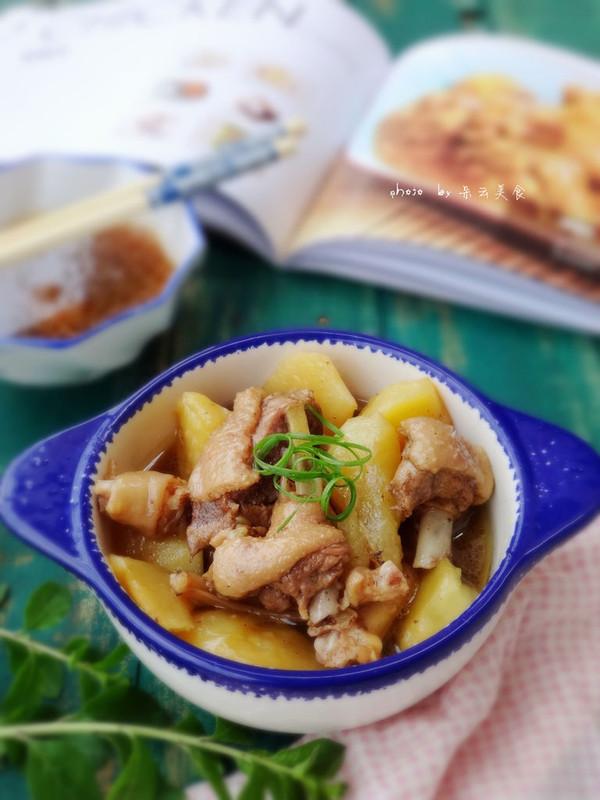 土豆焖鸭块的做法