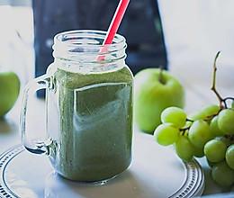 Vitamix 夏日缤纷青提果汁的做法