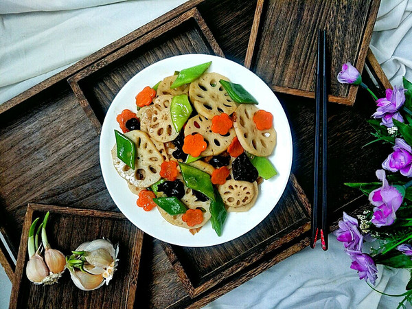 经典快手菜,好吃又好看的荷塘小炒的做法
