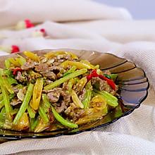 下饭泡椒牛肉丝,小美的美食