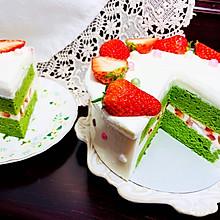 给你幸福的抹茶草莓慕斯蛋糕