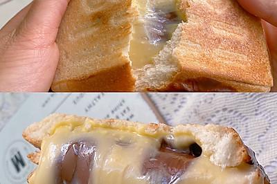 ㊙️营养早餐~软糯拉丝的麻薯芝士三明治