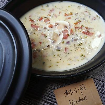 《奶油蘑菇汤》