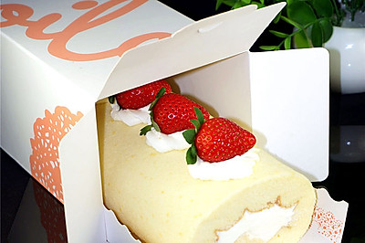 不会开裂的草莓奶油蛋糕卷#松下烘焙魔法学院#