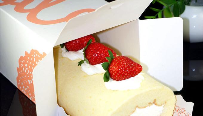 不会开裂的草莓奶油蛋糕卷