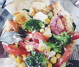 减脂期蔬菜沙拉的做法