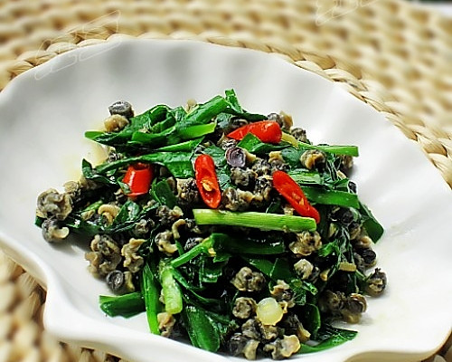 韭菜炒螺狮的做法