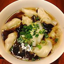 鲜虾芹菜肉馄饨