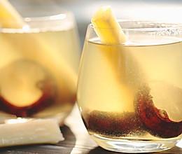 冬天干燥又上火,来杯清甜的甘蔗马蹄水吧的做法