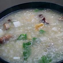 咸蛋蔬菜粥