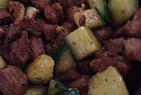 黄瓜炒肉丁的做法
