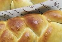 黑加仑淡奶油辫子面包的做法