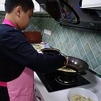 十三岁少年作品--风靡校园的零食:辣条的做法图解7