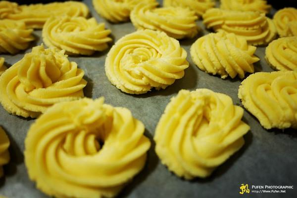 黄油杏仁曲奇的做法