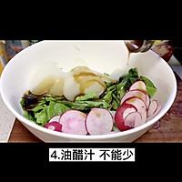 """#美食视频挑战赛#猫叔教你一款""""水萝卜鲮鱼油麦菜沙拉""""的做法图解5"""