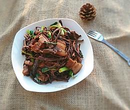 花肉焖茶树菇#膳魔师地方美食大赛#的做法
