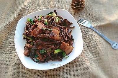 花肉焖茶树菇#膳魔师地方美食大赛#