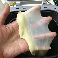 火腿肠麦穗咸面包的做法图解3