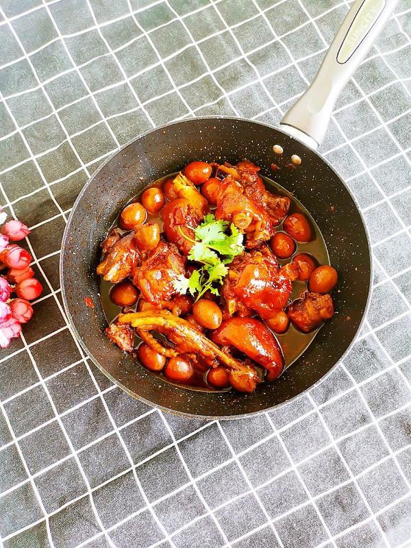 #一人一道拿手菜# 红烧猪蹄的做法