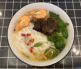 简单美味的越南米粉的做法