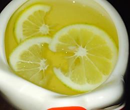 清肠蜂蜜柠檬水(附上美白牙齿的方法)的做法