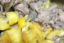 栗子煲鸡的做法