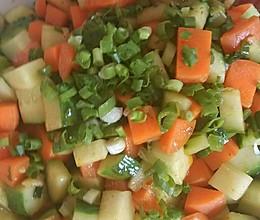 孕妇食谱,素炒黄瓜胡萝卜的做法