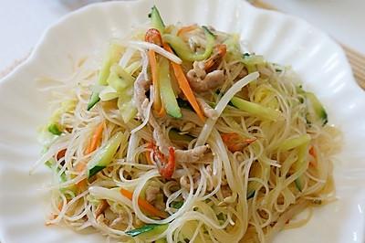 清爽的台式炒米线