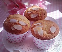 蜂蜜杏仁蛋糕的做法