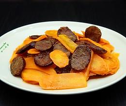 腊肠炒胡萝卜的做法