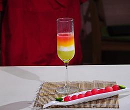 彩虹果汁 丰富补充微量元素的做法