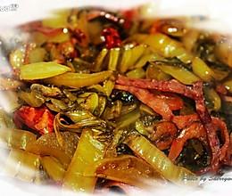 虾干火腿丝炒酸菜的做法