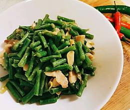 #餐桌上的春日限定#家乡味道豇豆炒肉片的做法