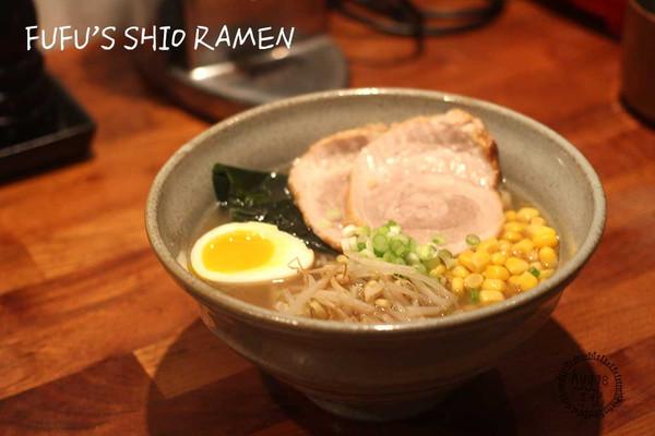 日式清汤五花肉拉面的做法