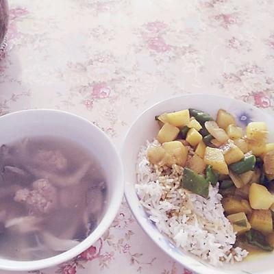 平菇肉圆汤的做法 步骤4