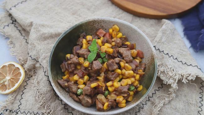 嫩炒牛肉粒的做法