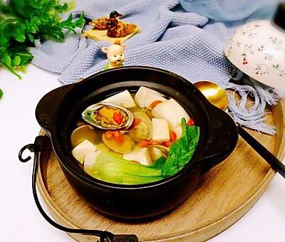 鲍鱼青蛾豆腐汤