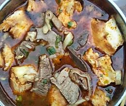 滋补羊肉,羊杂汤泡馍的做法