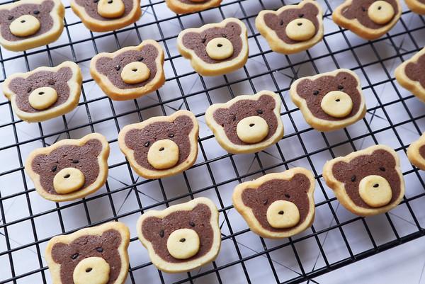 卡通小熊曲奇饼干的做法